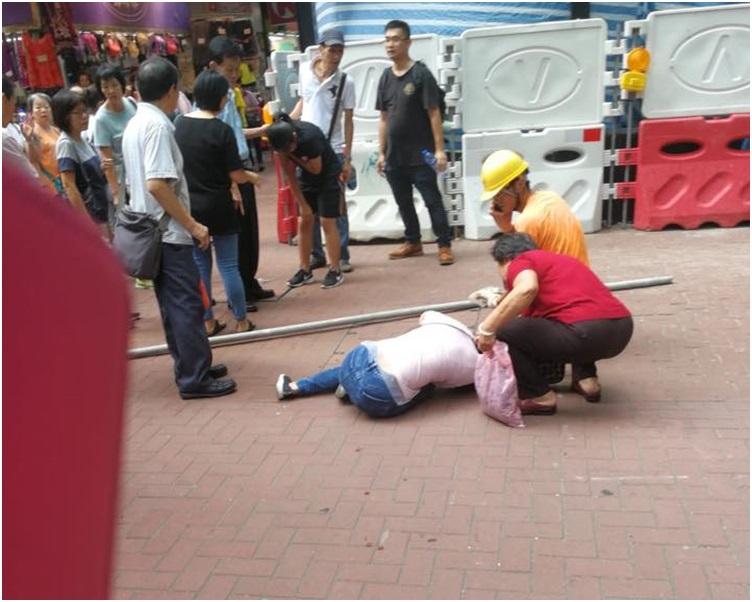 其中一名女子受傷倒地。圖:網民Kinho Leung