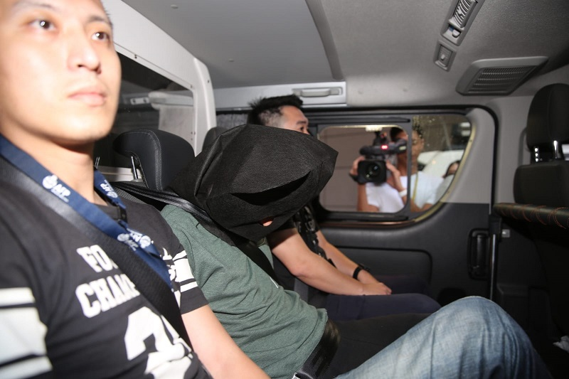 警方拘捕一名本地男子。徐裕民攝