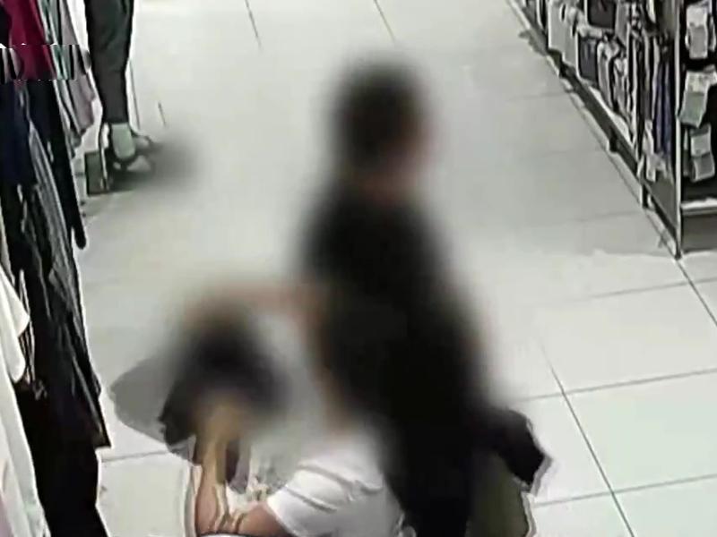 懷疑在多地偷竊連鎖服裝店的雌雄大盜落網。(網圖)