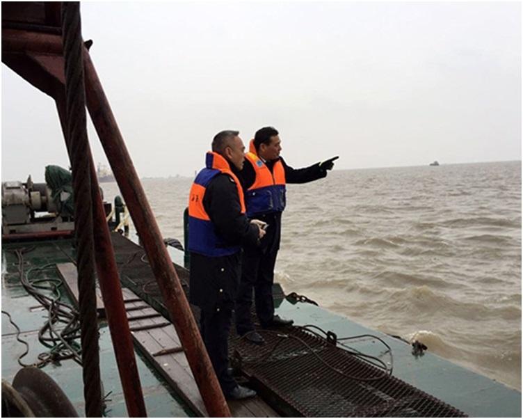 上海海事局派出多艘海巡艇前往搜救。資料圖片
