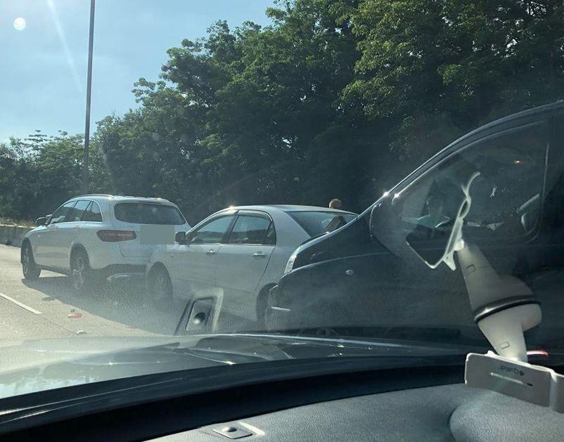 車禍現場。「香港突發事故報料區」FB圖片