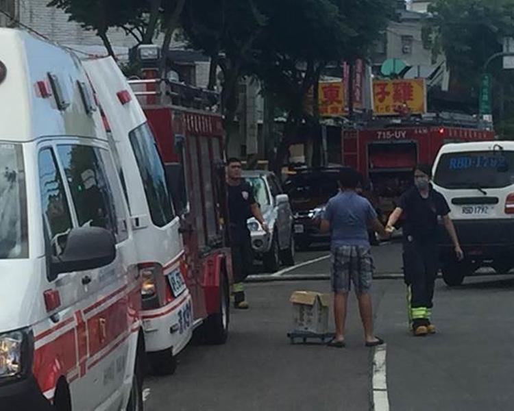 消防局希望當面向該對姊弟致謝。