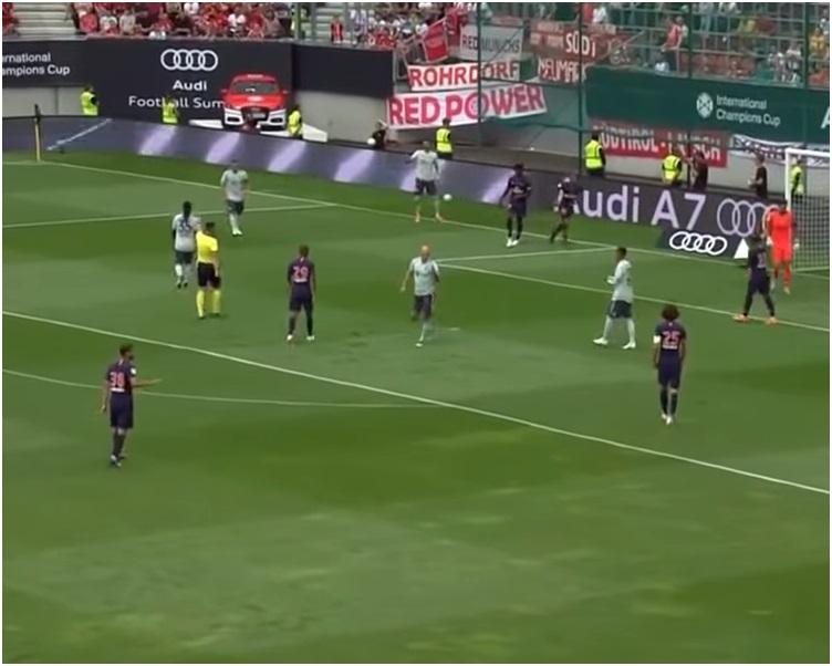 德甲拜仁慕尼黑以3:1反勝法甲巴黎聖日耳門。網上截圖