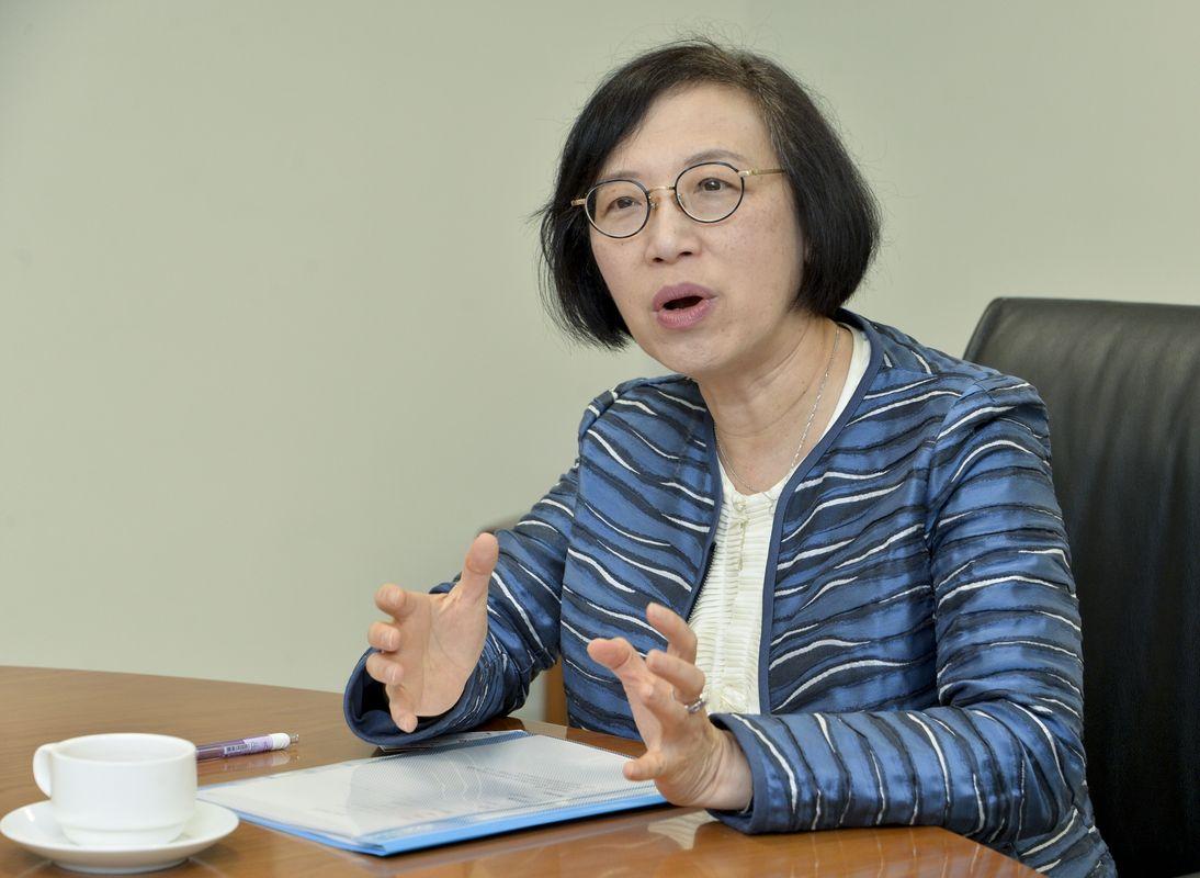 食物及衞生局局長陳肇始今早表示,醫院有既定機制處理家屬和病人對醫院不滿意的情況。資料圖片
