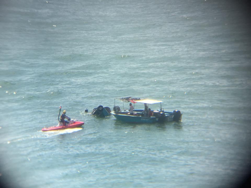 一艘快艇下午1時在南丫島對開海面與一艘船相撞。群組Lamma Island Residents and Ex-Residents圖片