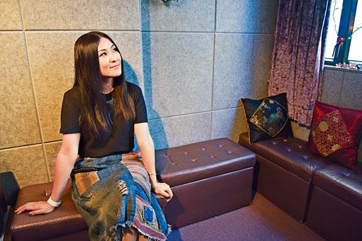 失去旺角這個大舞台,梓嘉說不會因此而放棄歌唱事業。