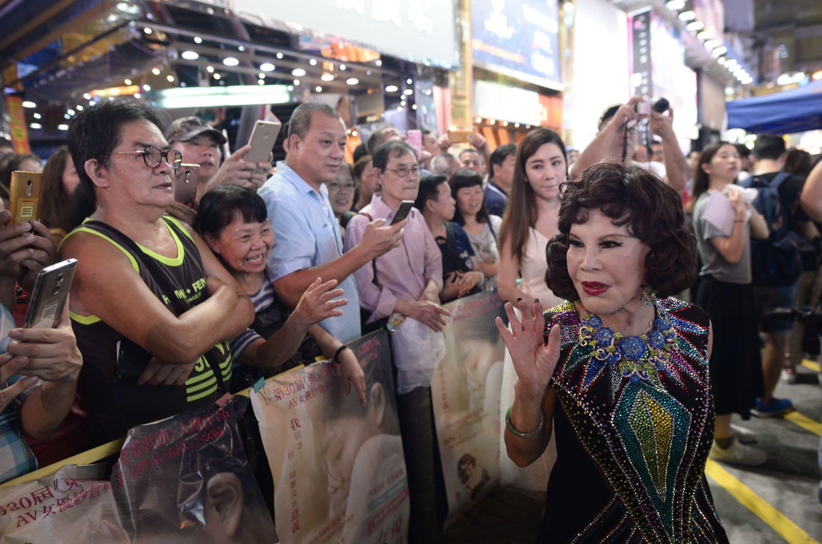 夏蕙姨期望當局發牌,為表演人士提供平台演出。蘇正謙攝