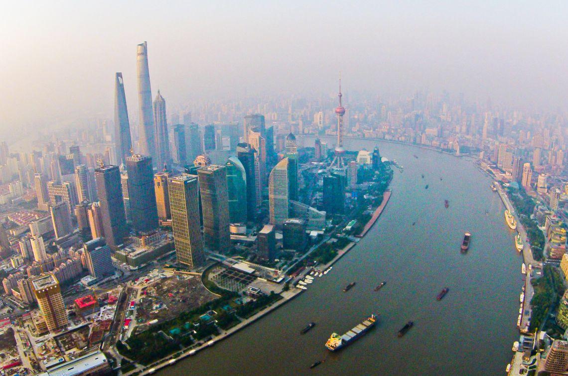 民建聯歡迎放寬香港人內地就業毋須辦許可證。新華社圖片