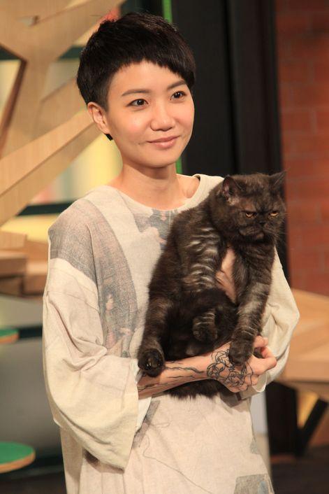 盧凱彤與愛貓