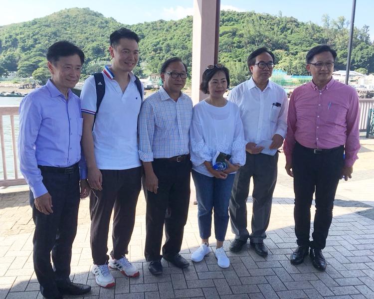 左起:姚思榮、周浩鼎、梁志祥、麥美娟、盧偉國、何君堯。