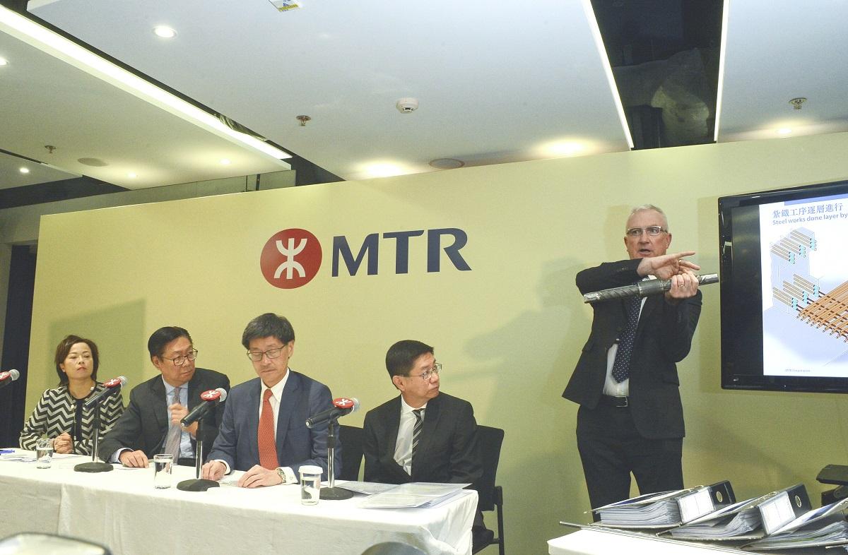 沙中綫土木工程南北綫前總經理胡宏利(右)。資料圖片