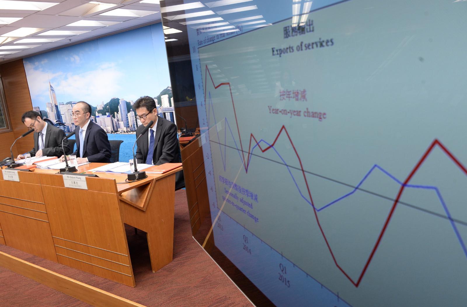 政府經濟顧問公布2018年第二季經濟情況及2018年本地生產總值和物價最新預測報告。陳浩元攝