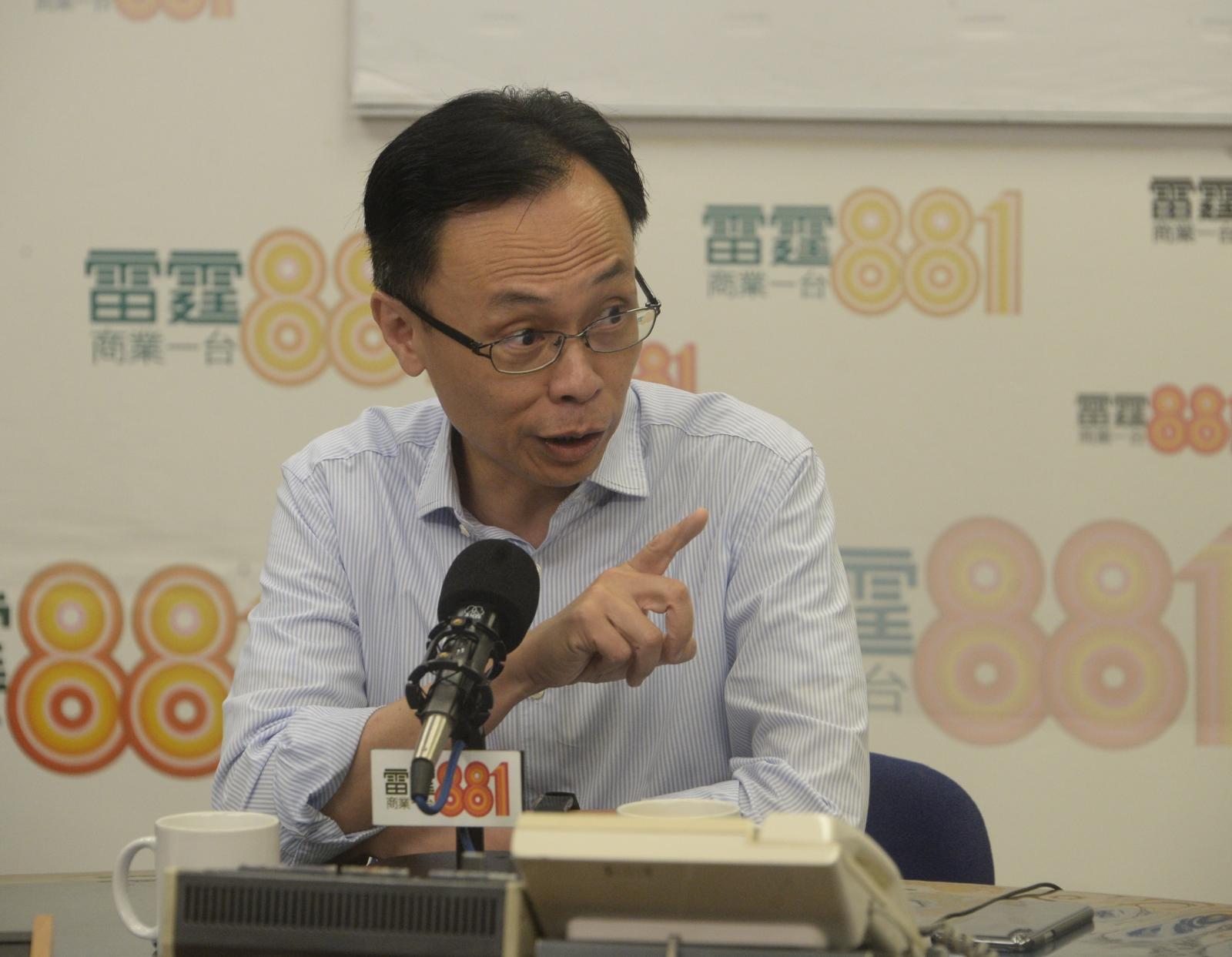 聶德權強調香港和內地關係一向密切。