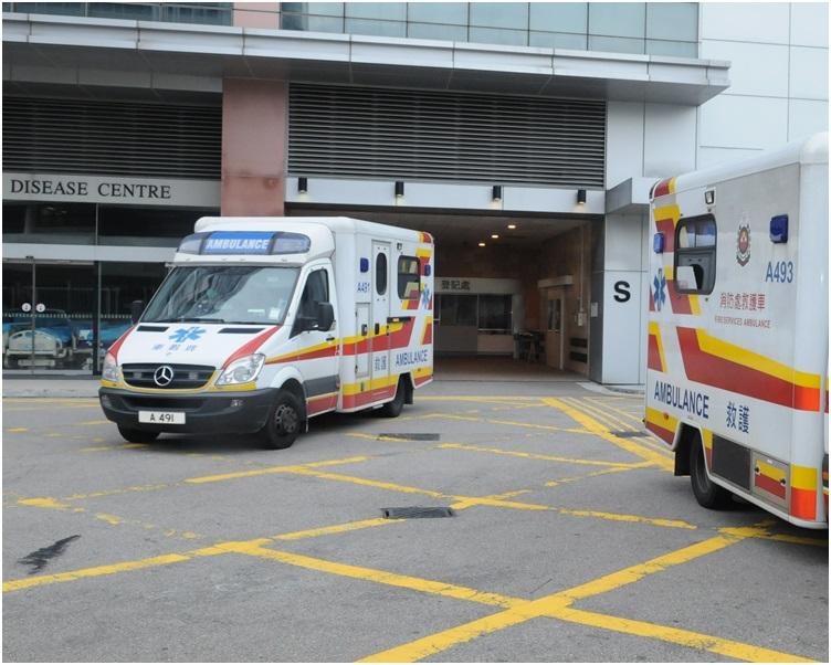 受傷警員清醒被送往瑪嘉烈醫院治理。