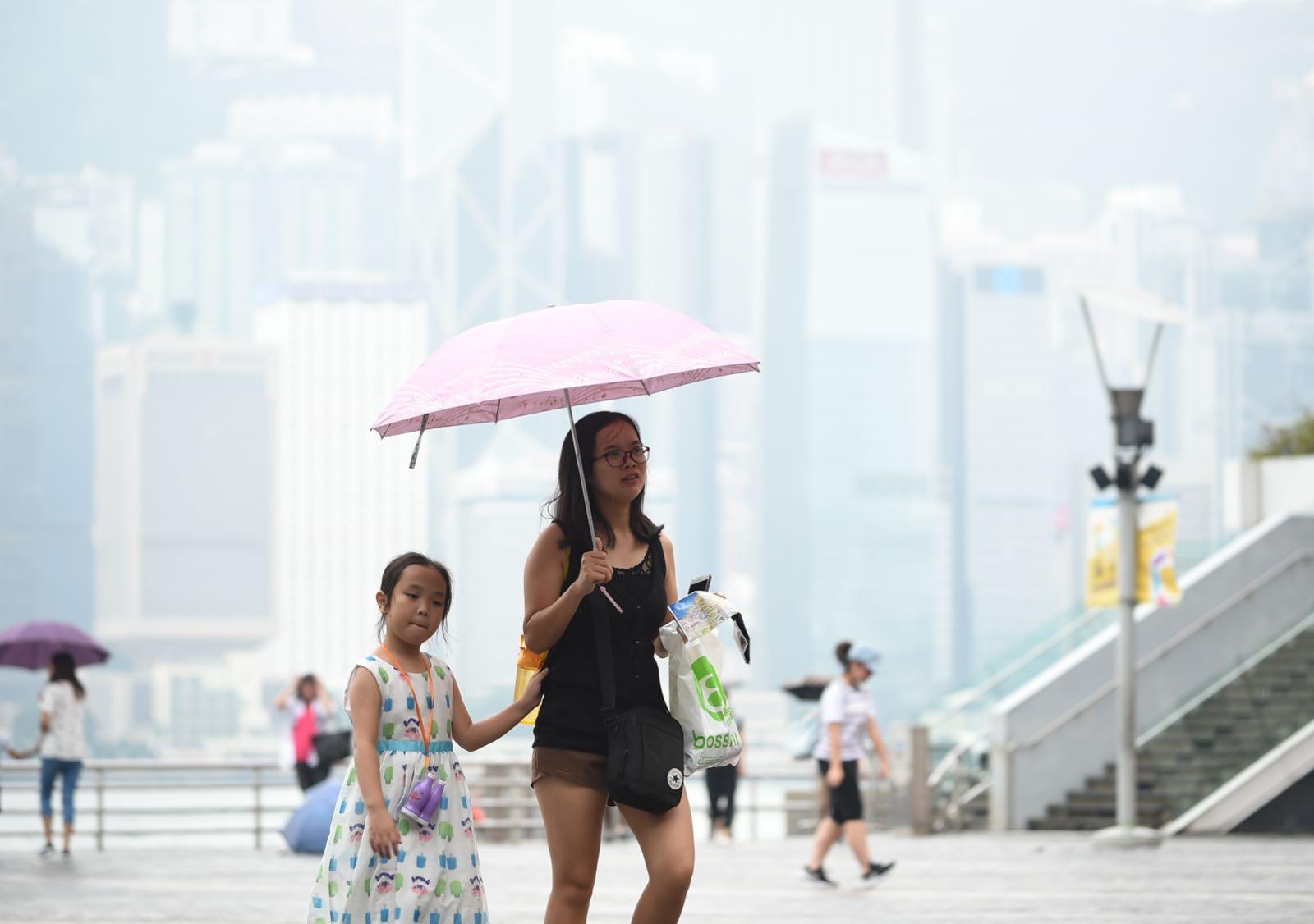 本港將迎來大雨。