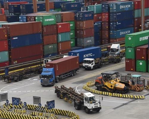 7月份本港整體出口和進口貨值均錄得按年升幅。資料圖片