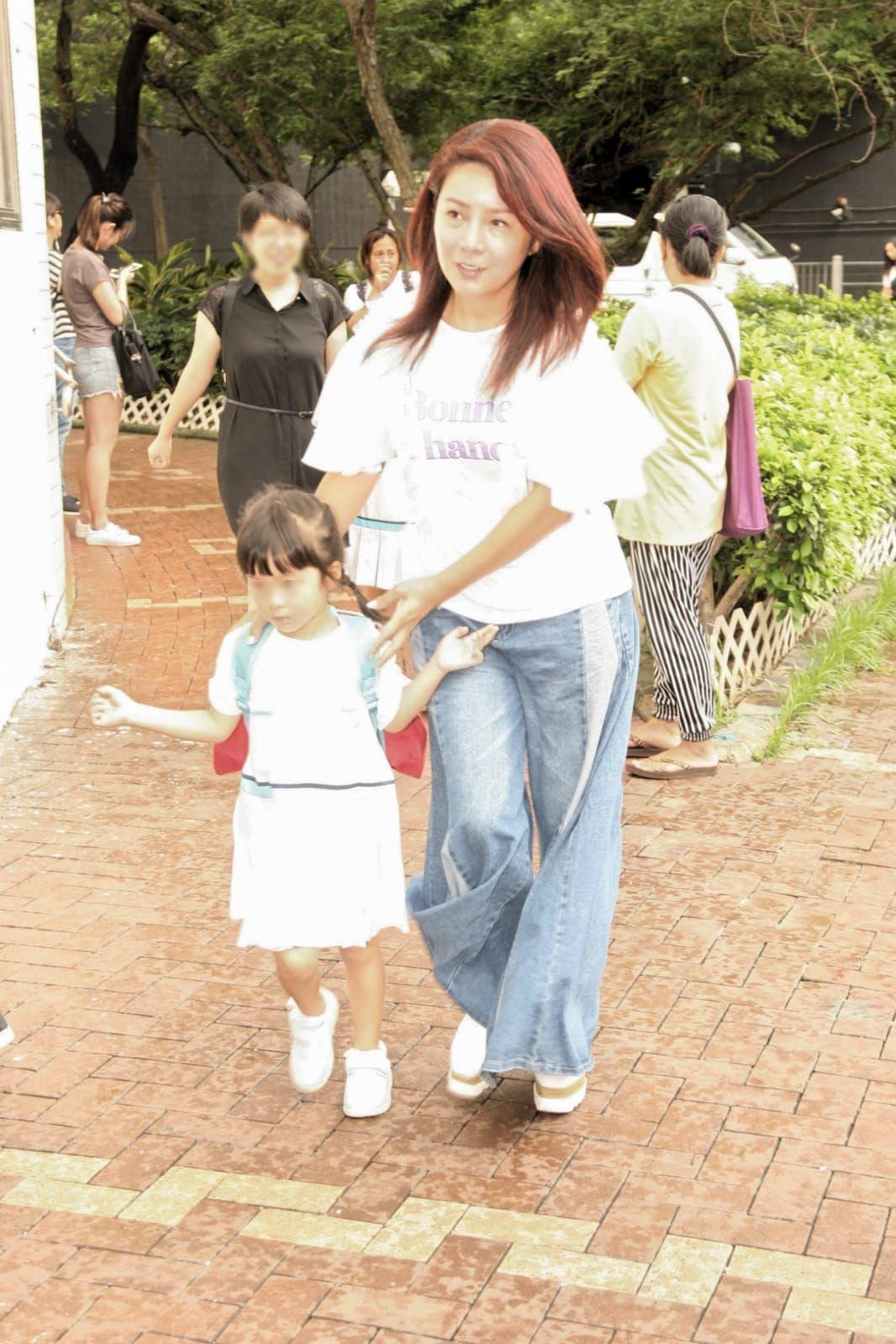 吳忻熹與女兒