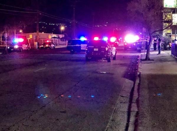 美國加州聖貝納迪諾公寓,發生槍擊案,共有10人中彈其中3人命危。(網圖)