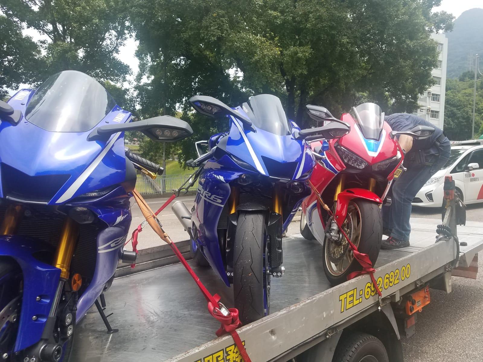 警方懷疑有關電單車涉及非法改裝。