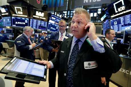 美股周一個別發展。AP