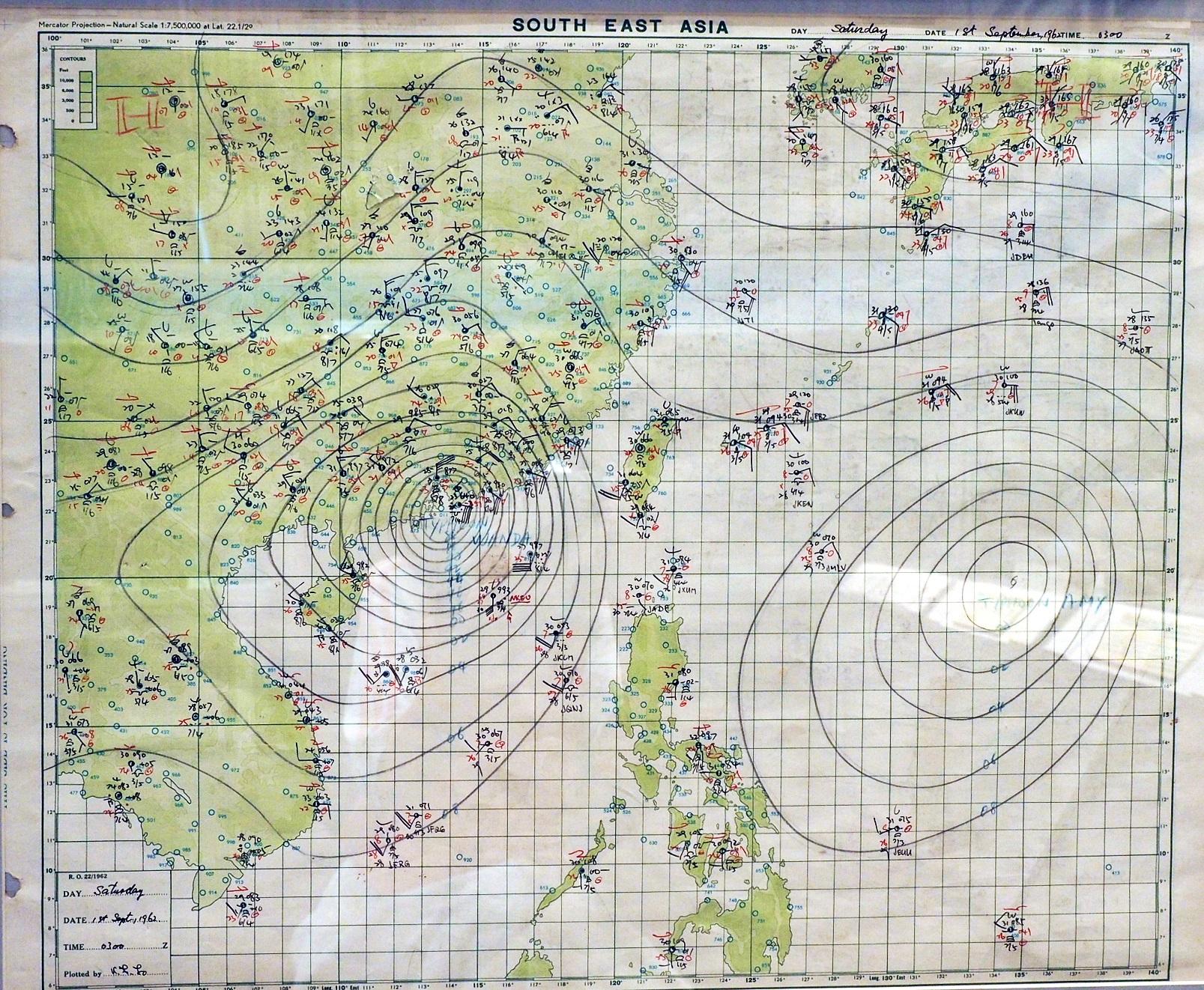 1962年9月1日下午1時「溫黛」天氣圖。天文台提供