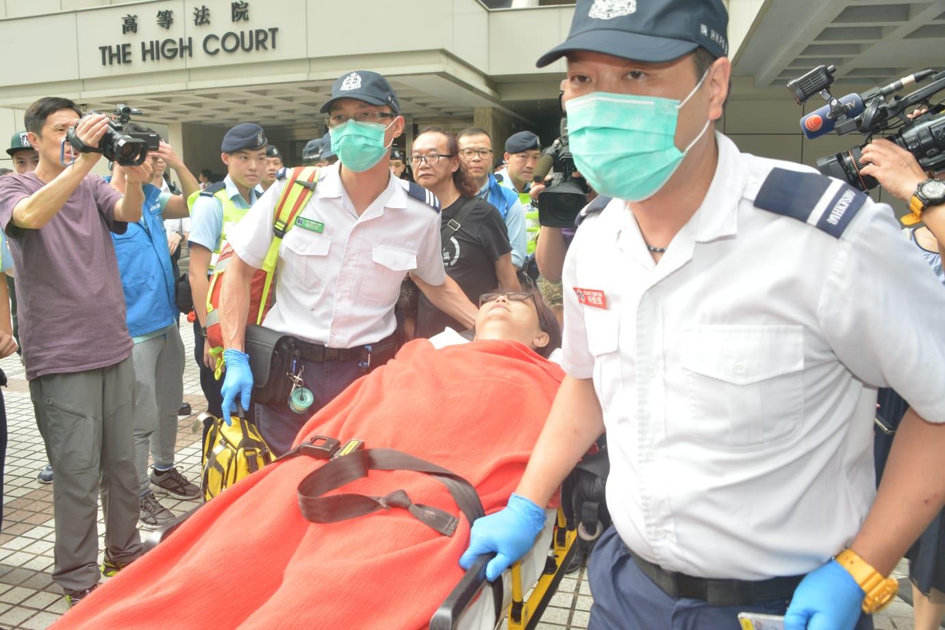 一名女子亦報稱受傷送院。