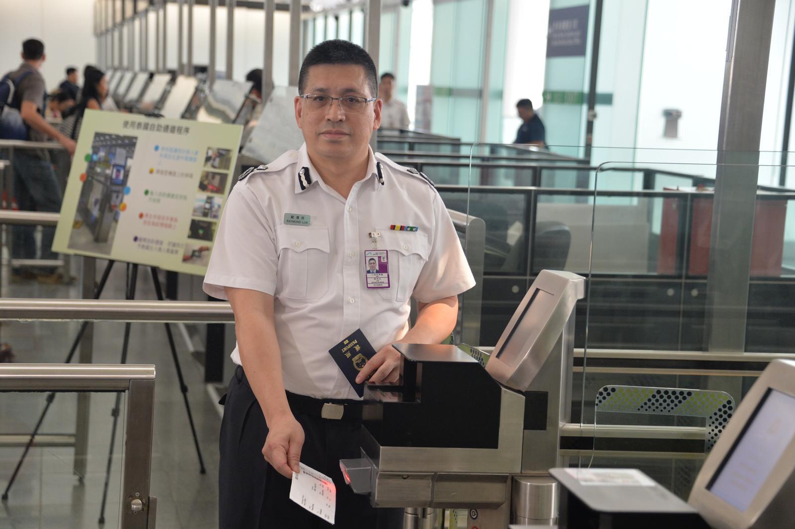 本港跟泰國曼谷兩個機場達成協議,明日起兩地居民旅遊時,均可免費使用自助出入境檢查服務(e-道)過關。