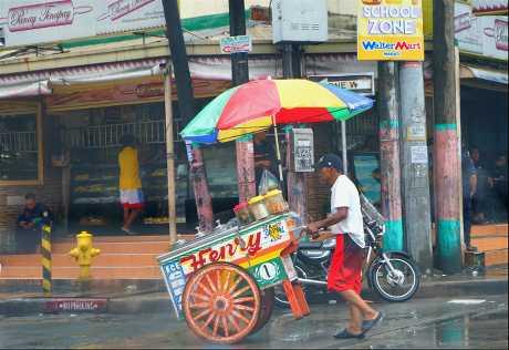 颱风「山竹」侵袭菲律宾北部吕宋岛带来重大破坏。