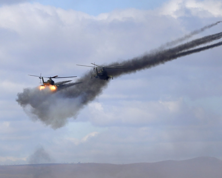 俄羅斯一架載有14人的軍機周一深夜在敍利亞對開的地中海上空失蹤。AP資料圖片