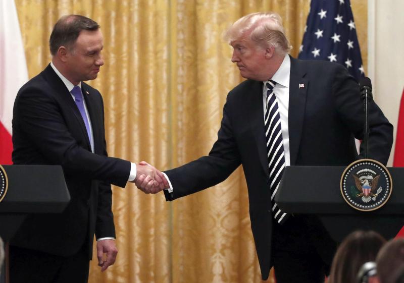 美國總統特朗普在白宮與到訪的波蘭總統杜達會談。AP