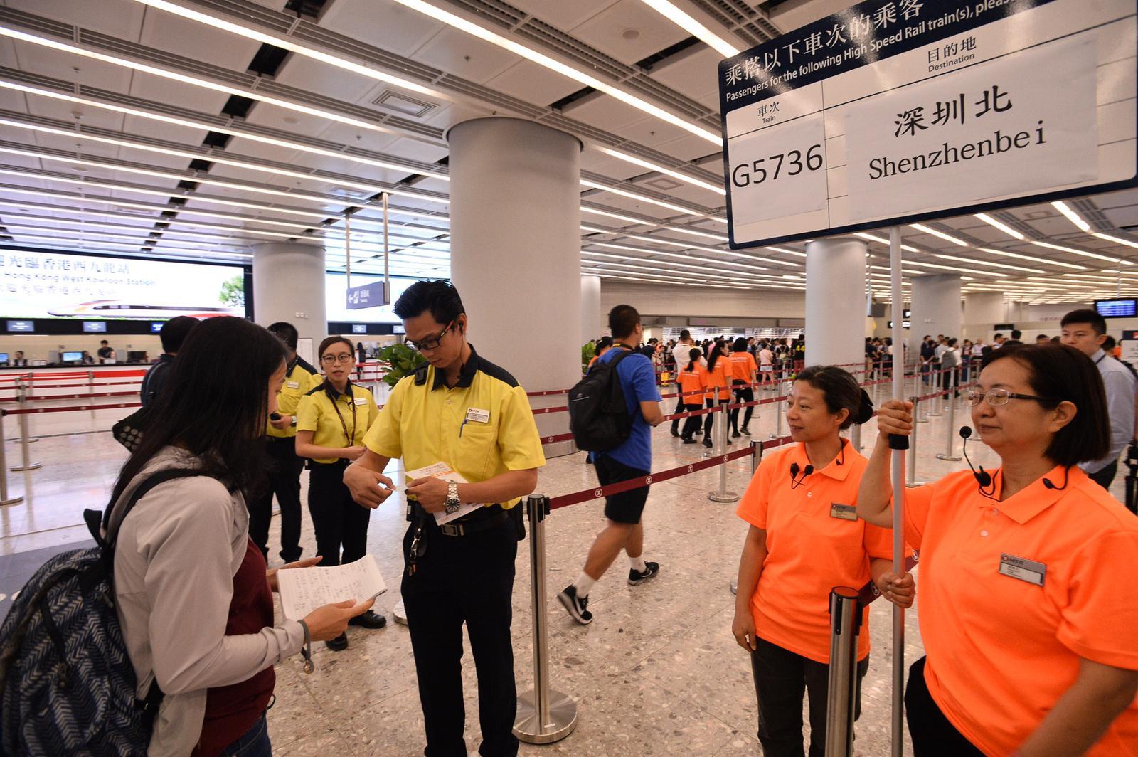 香港西九站情況。