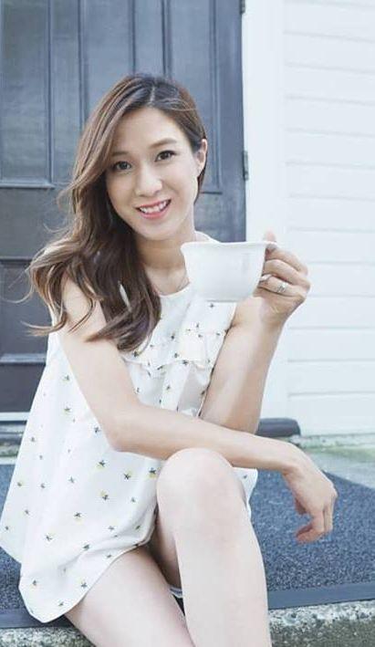 鍾嘉欣fb圖片
