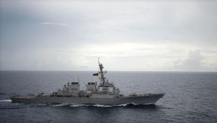 德凱特號當日駛近南薰礁及赤瓜礁。