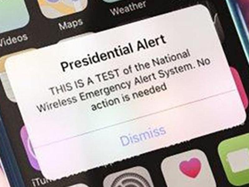 周三全美95%的人都收到了特朗普發來的警報短信。(網圖)