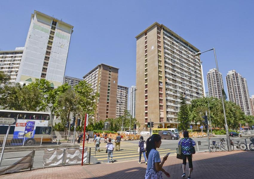 公屋聯會表示歡迎政府增加更多公營房屋供應。