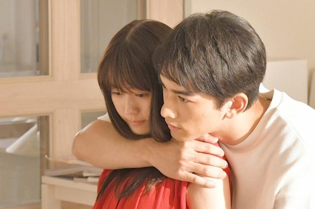 有村架純主演的新劇以師生戀等大膽元素作主題。