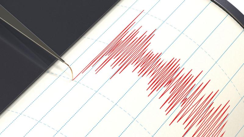 是次地震震央在爪哇島附近。網上圖片