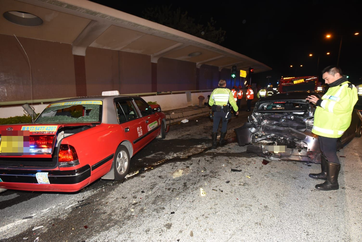私家車損毀嚴重。徐裕民攝
