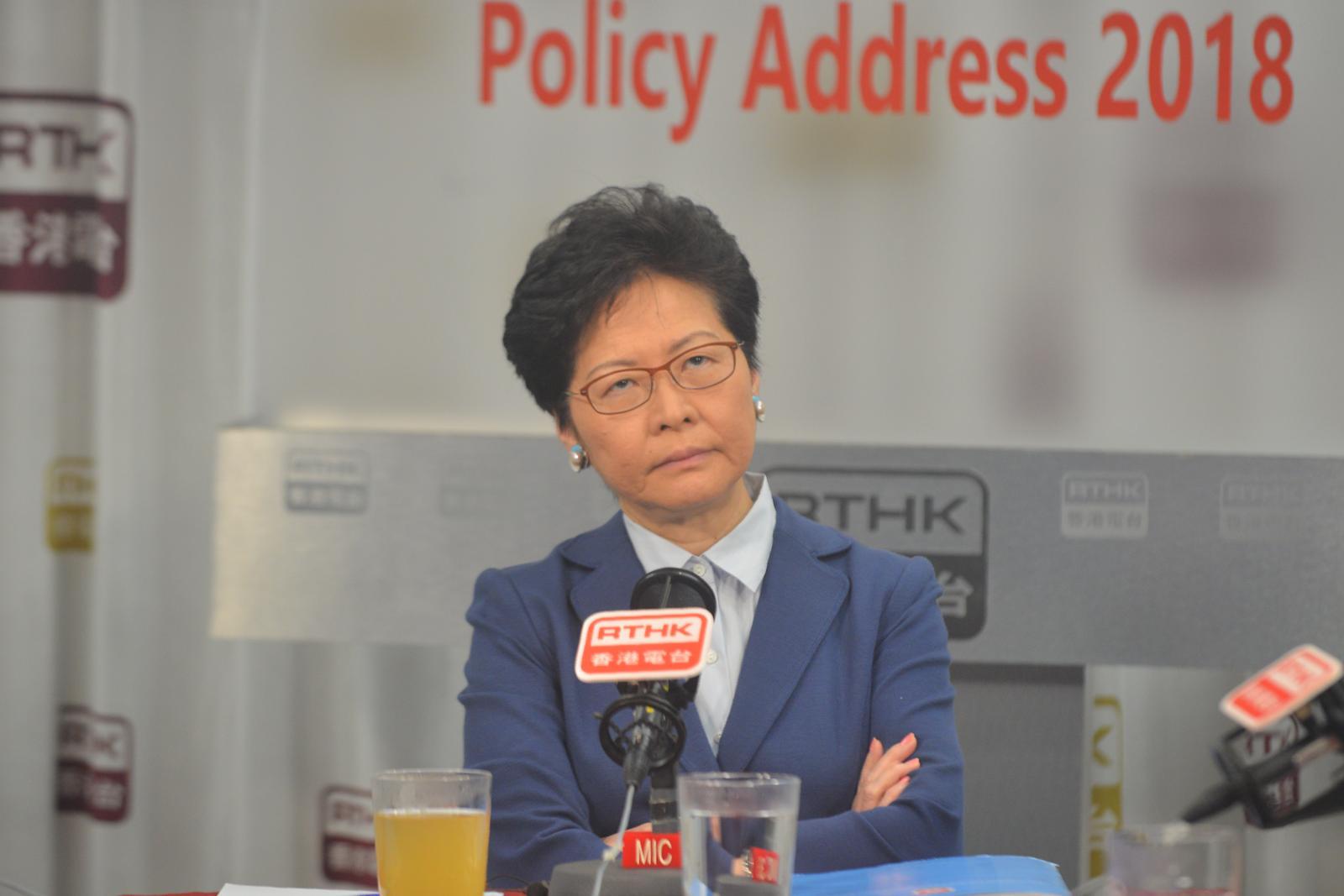 林鄭否認梁振英參與馬凱不獲續簽。