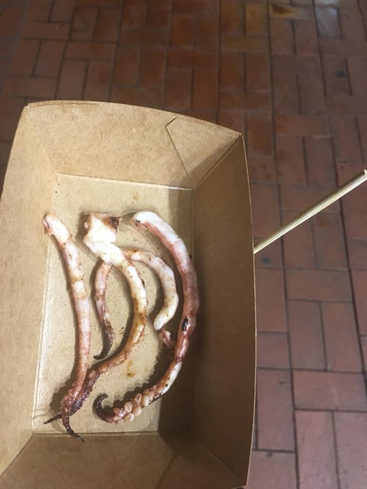 有網民發現,一份魷魚原來只得5條魷魚鬚,直言見到當刻「O晒嘴」。