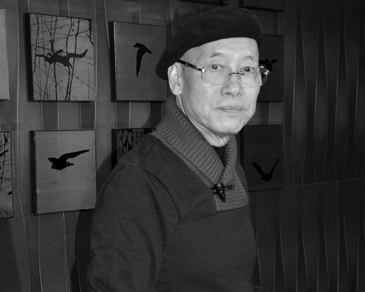 岳華含笑離世終年76歲。資料圖片