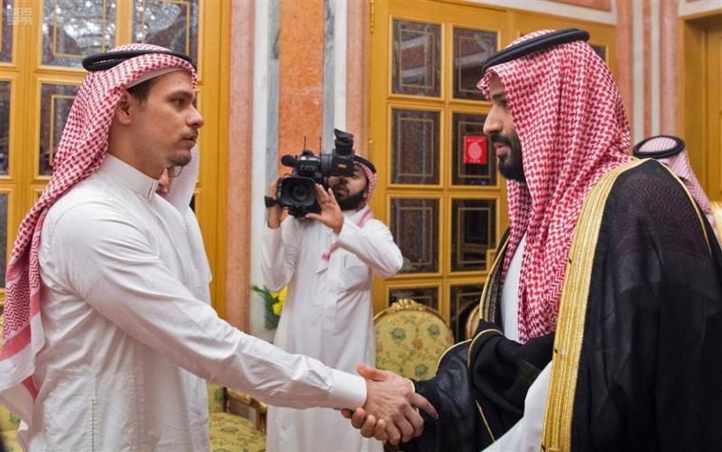 沙持国王萨勒曼及王储穆罕默德本萨勒早前接见卡舒吉长子萨拉赫,被批评是玩弄公关技俩。(网图)