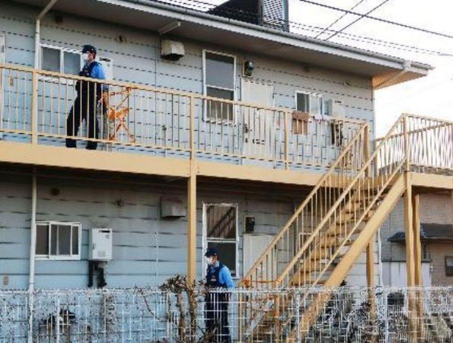 群馬縣伊勢崎市曲澤町一公寓。