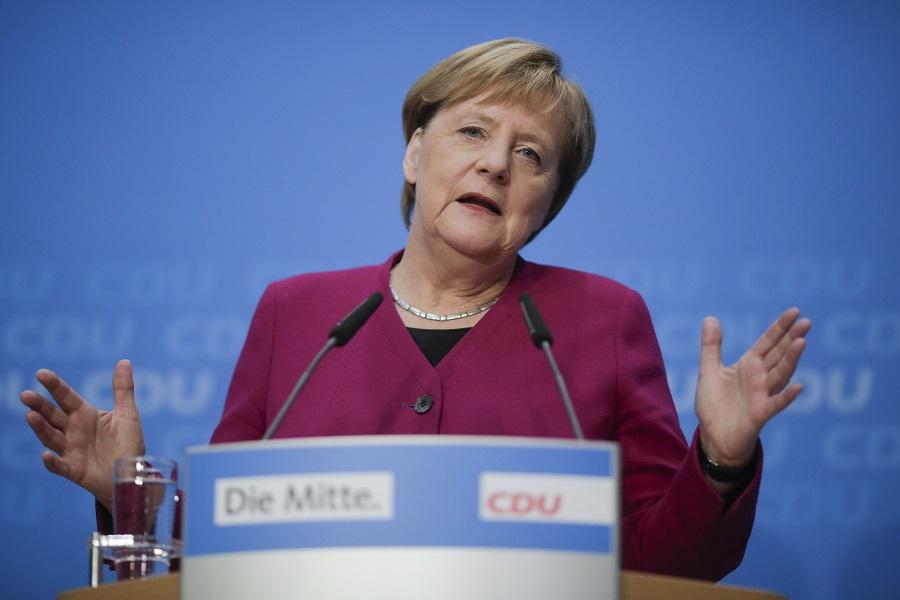 默克尔表明不再争取续任主席。