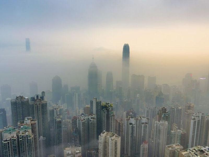 世卫报告指全球93%儿童呼吸严重污染空气。(网图)