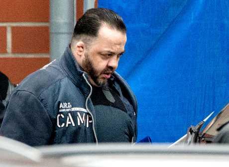 赫格尔当庭承认杀害受他照顾的100名病人。