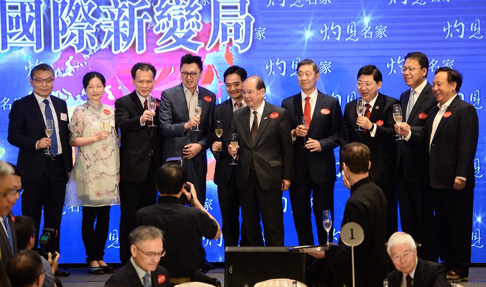 張建宗出席論壇時,提到若中美貿易衝突持續,香港將受到顯著的直接及間接影響。盧江球攝