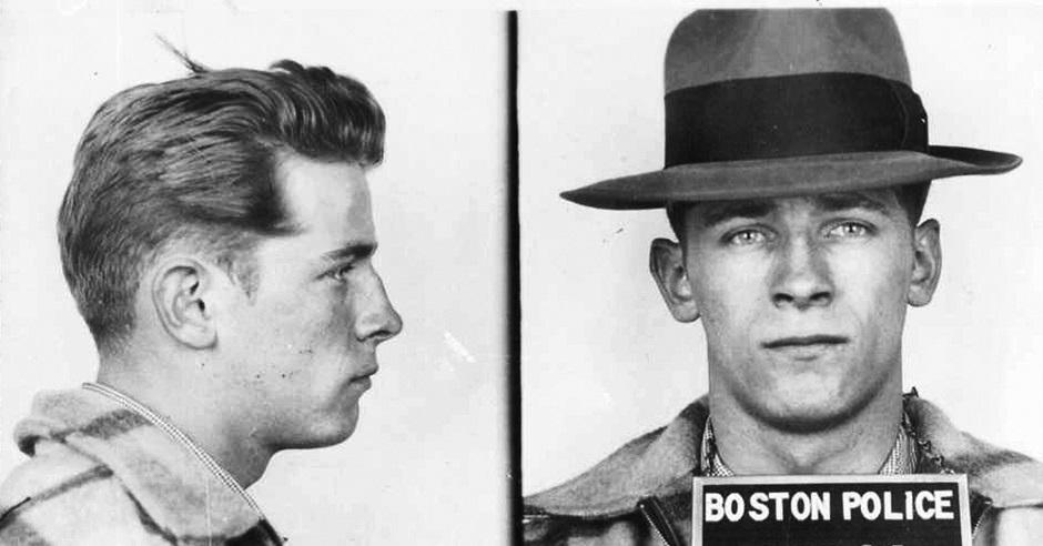 巴爾杰年少被捕時所拍的照片。AP