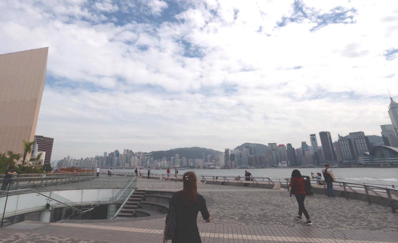 幻彩詠香江取消及降旗儀式暫停。