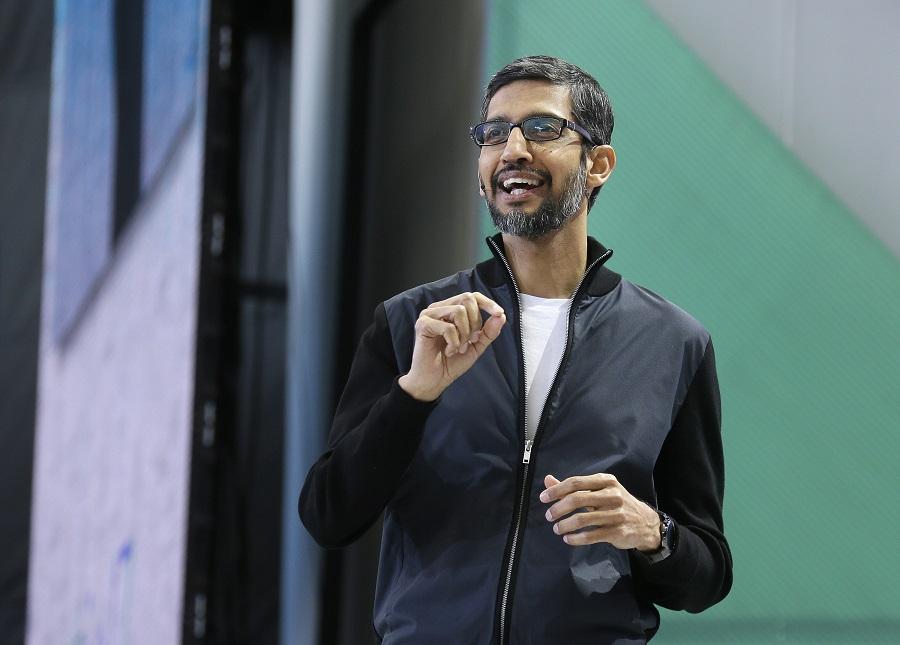 Google行政总裁皮查向员工发讯息,公布德沃尔离职的消息。美联社